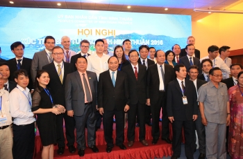 TSV leaders and partners to exchange photographed with Prime Minister Nguyen Xuan Phuc